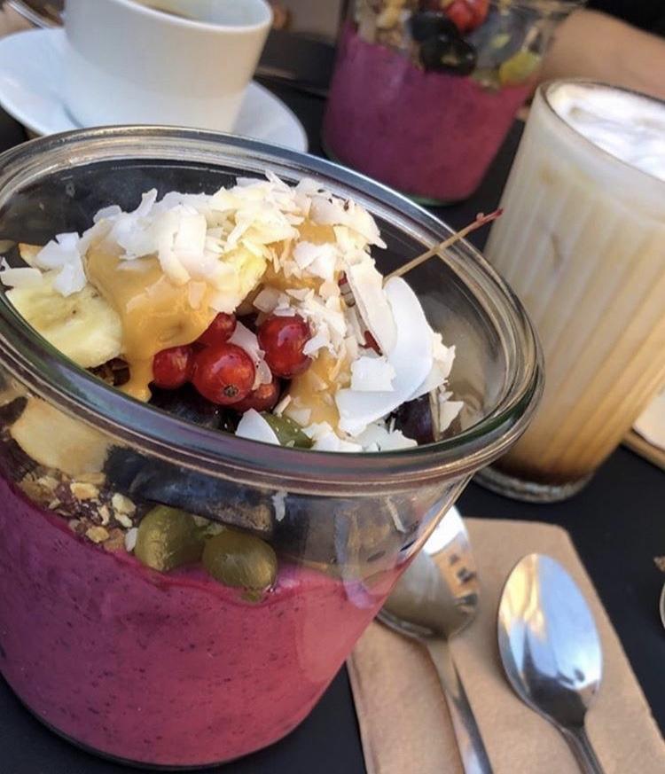 Frühstück im Café Luuc
